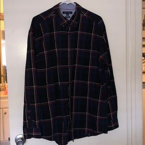 Tommy Hilfiger size XL classic fit